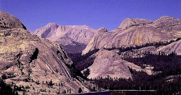 The amazing peaks and domes of Tuolumne Meadows.