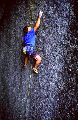 Blair Dixson tenuously floats up Footprints (5.12b), Reed's Pi...