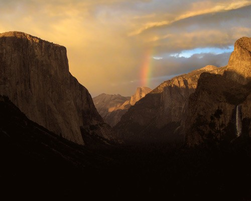 Yosemite valley view rainbow sunset