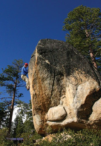 Kevin Swift at on a V3 face at South Bliss.