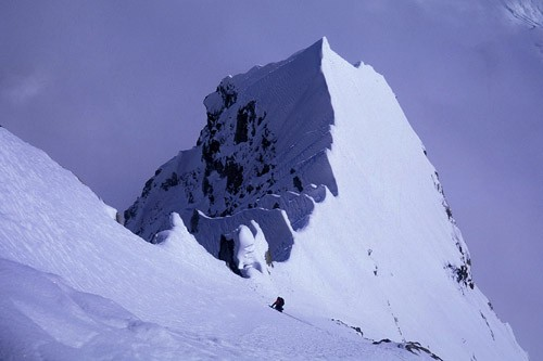 Mark Westman approaching the knife-edge ridge section of the Infinite ...