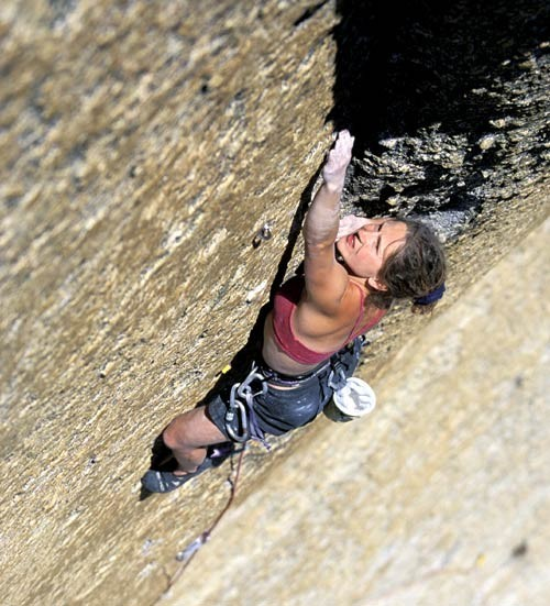 Joi Gallant on Pitch 2 of Pretty in Pink Point (5.12c).