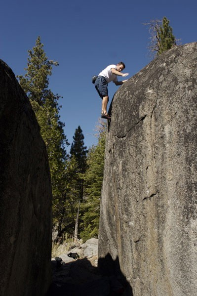 Corey Rich on a great V1 crack at Luther Boulders.