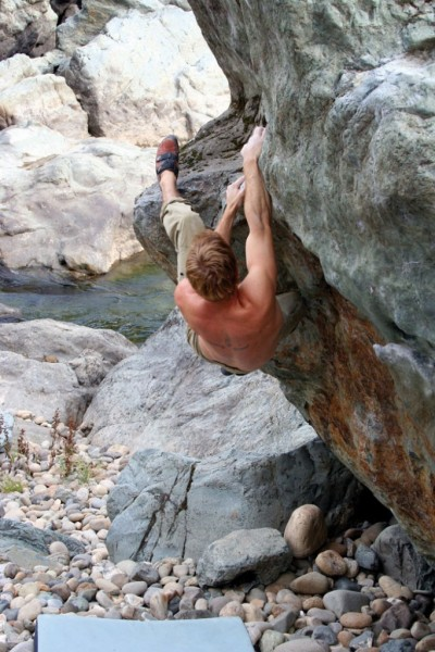 Sean Brady on Handle Bar (V4).