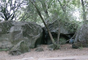 Ahwahnee Boulders - East - Yosemite Valley Bouldering, CA, USA. Click to Enlarge
