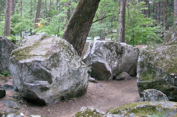 Some of the Ahwahnee West boulders.