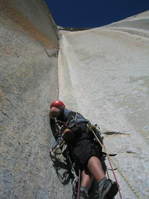 Ammon McNeely starts up the spectacular Pitch 13 of Horse Chute, El Ca...