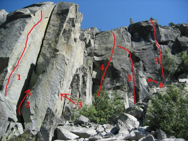 Routes on the right side of Eagle Lake Cliff.