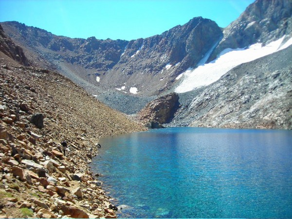 Dana Couloir on 8-17-08. Note the dry looking upper part of the couloi...