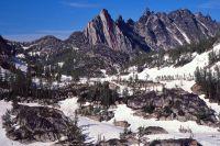 Prusik Peak - South Face III 5.9 - North Cascades, Washington, USA. Click to Enlarge