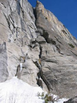 Lost Arrow Spire - Lost Arrow Chimney 5.10 - Yosemite Valley, California USA. Click to Enlarge