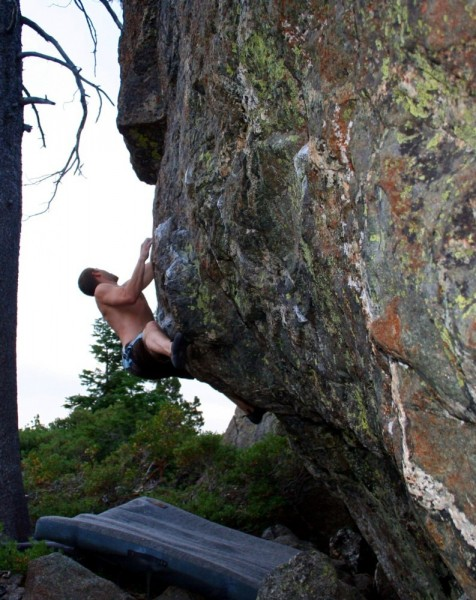 West Face sit V4.