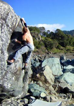 Dos Rios - Northern California Bouldering, USA. Click to Enlarge