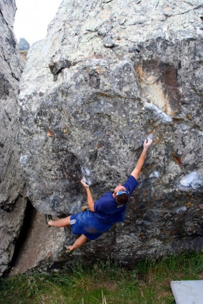 Aron Quiter does the classic Rock Scar V3!