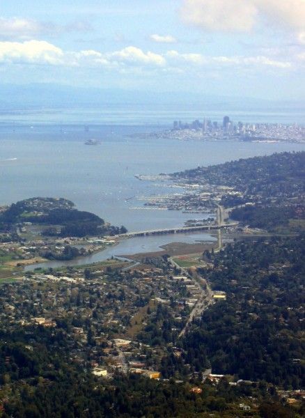 this pic is not the best but it shows how good the view is from Mt Tam...