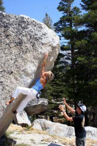 Liv Sansoz works the area classic; Reach for a Peach (V6) - TB