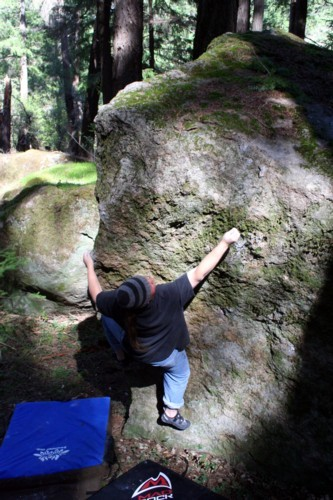 Craig Coolidge does the Black Forest Arete (V1)