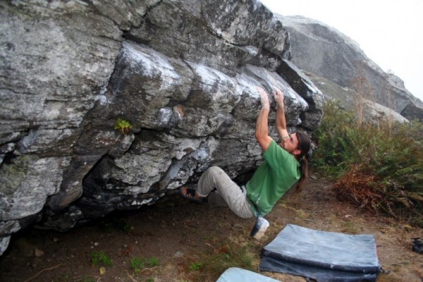 Richie Esquibel burning a lap on Abalone V7!