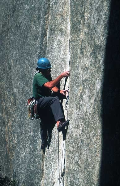 Jack Hoeflich placing gear below the crux.