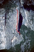 Washington Column - Skull Queen C2 5.8 - Yosemite Valley, California USA. Click to Enlarge
