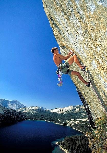 Matt Beebe on Death Crack, Tuolumne.