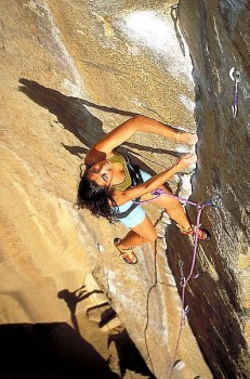Daniela Massetti leads Cookie Monster, 5.12a.