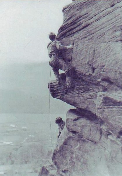 leading on UK gritstone (Valkyrie at Froggat Edge - 1953) Phot...