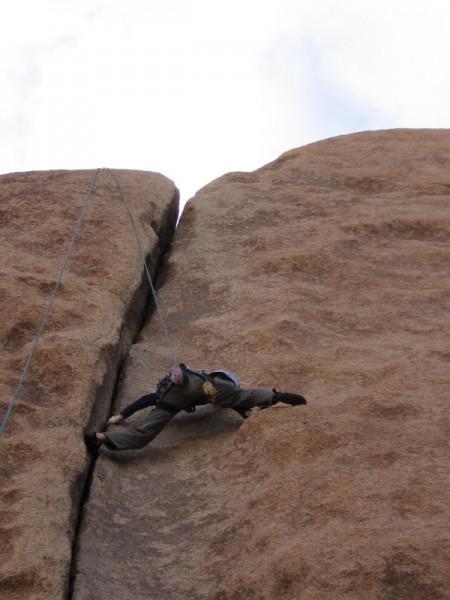"Ishun on ""Spiderman"" 10A Conan's Corridor, Joshua Tree"