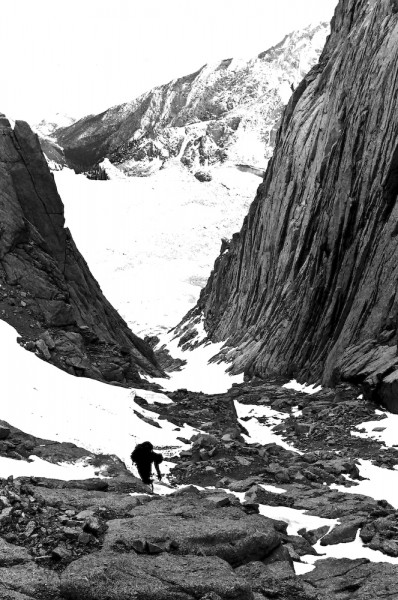 Descending the Mountaineer's Gully.