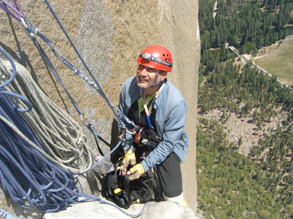 Mark Ippolito hanging out 1 pitch below Camp V. He's hoping his flomax...