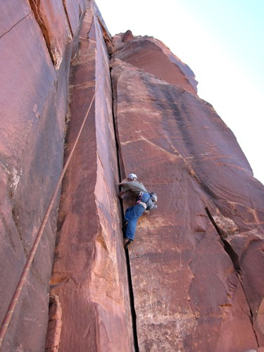 Ralph Tingey on an unnamed 5.10.