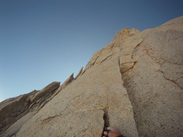 placing gear for first 10a crux