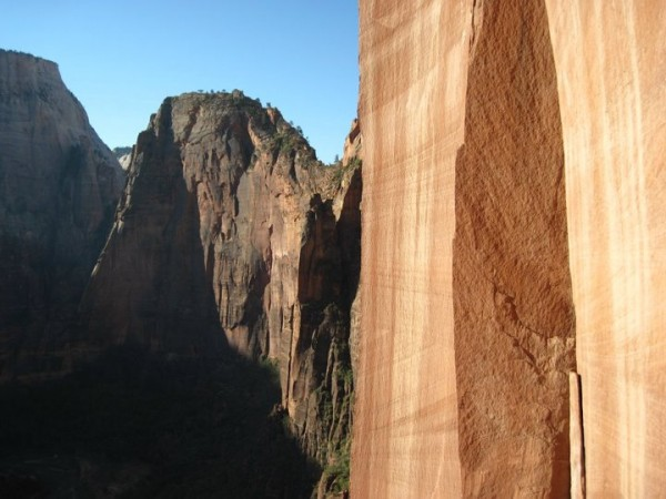 looking towards angels landing from the start of p5 on moonlight buttr...