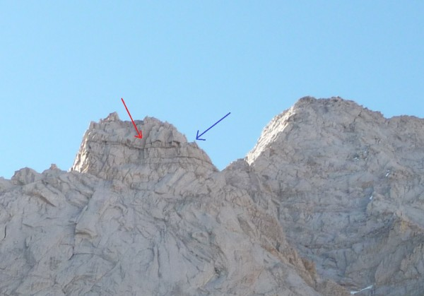 Red arrow points to the corner