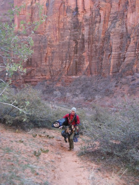 How the hell are you supposed to carry a portaledge, anyway?