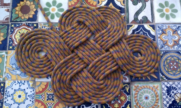 A rendition of the 'endless knot'.
