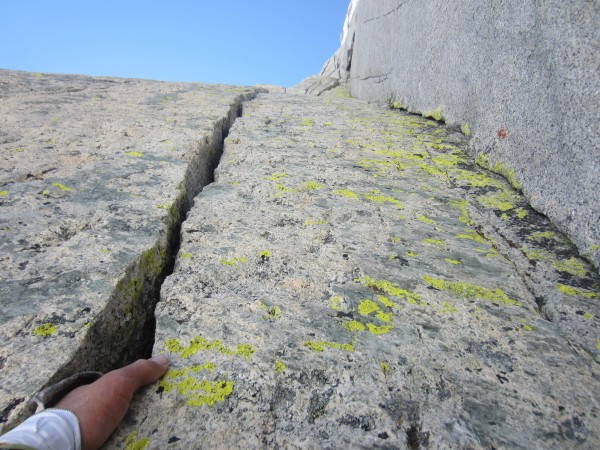 Connecting the 3rd pitch with triple cracks pitch. What a great 70M pi...
