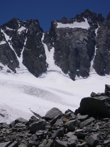 U-Notch in late June: bergschrund crossable on right side, some ice vi...