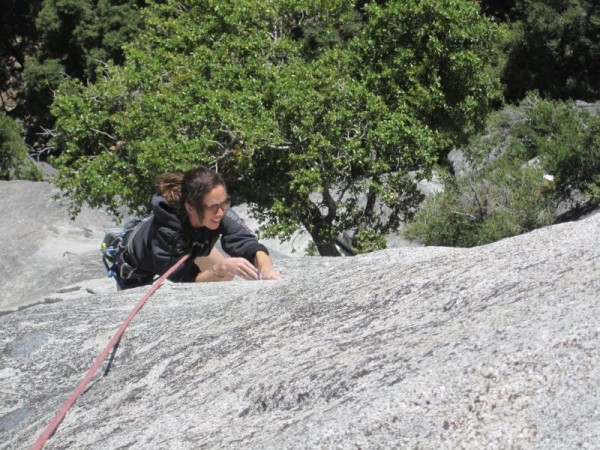 Serenity Crack, Megan cruising the finger crack in P3