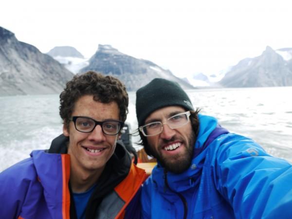 &amp;#40;c&amp;#41; ha <br/> smiles in the boat