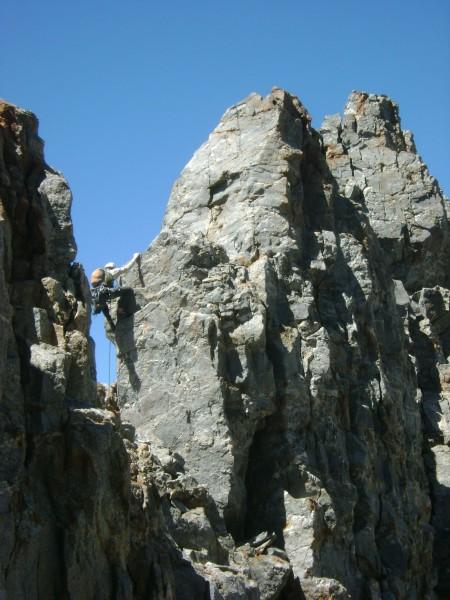 Lots of simul-climbing on the ridge!!
