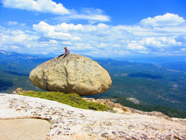 mak on erratic (summit of 557 dome) minarets on left, mammoth mt. on r...