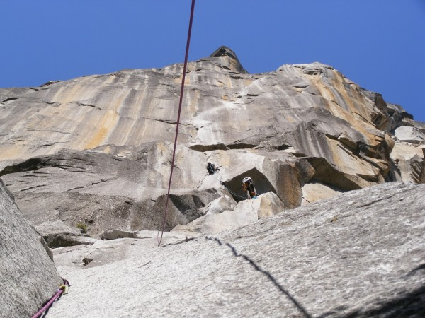 The white streak (above the aid-cragging party on pitch3) is the appro...