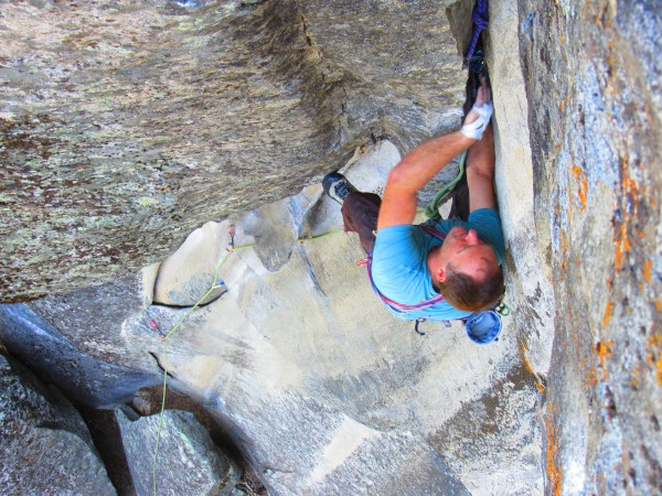 "David, cruising on ""cruise control"" 5.11a"