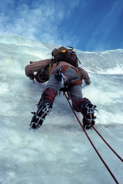 Ice climbing B.G. (Before Gortex). 60/40 parka. Wool knickers. Dachste...