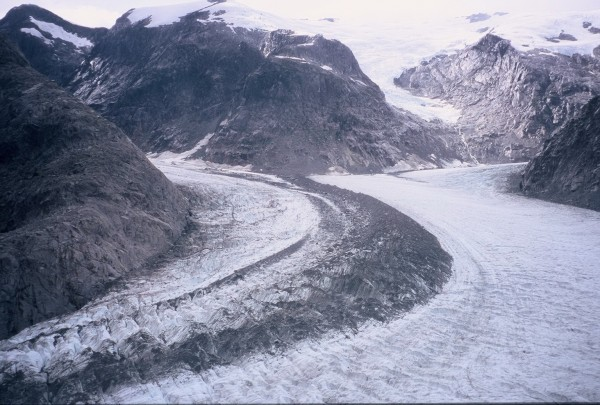 I saw a pic of this glacier from above in the JC slideshow.