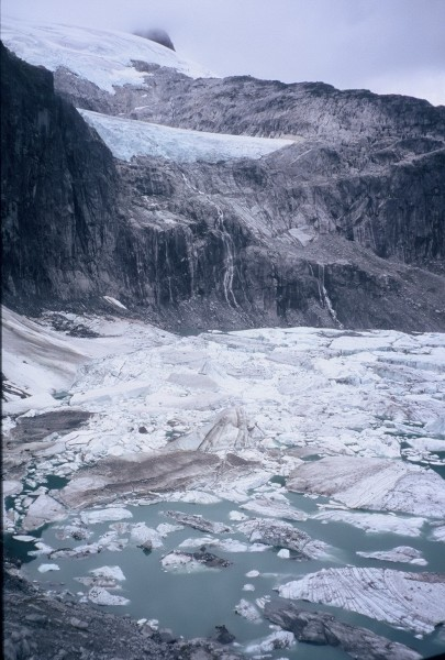 Lots of the things mapped as glaciers in the 80s are lakes full of ice...