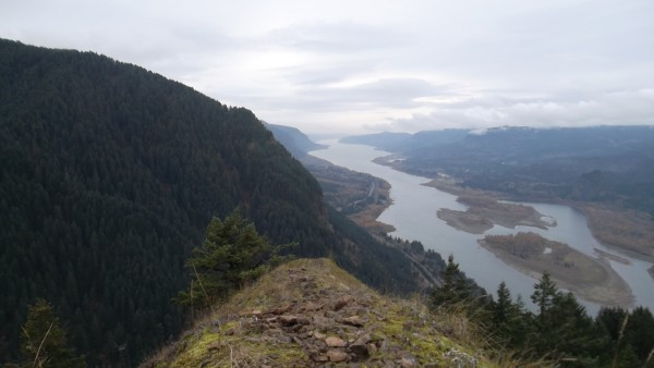 Columbia River from Munra Point above Bonneville Dam