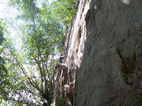 Elna following Bohemian 5.10d