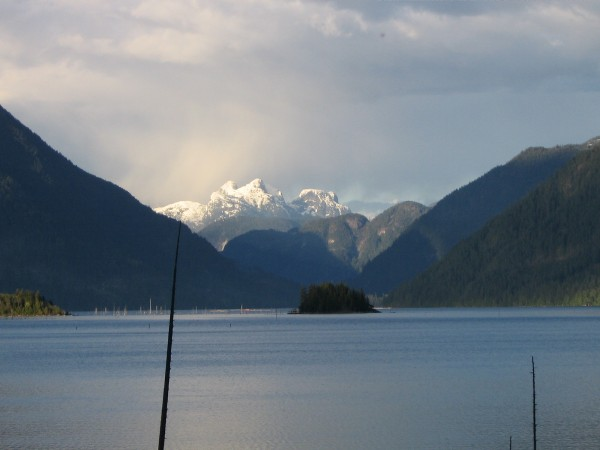 Marlborough Heights&amp; Lois Lake. From... up the road.